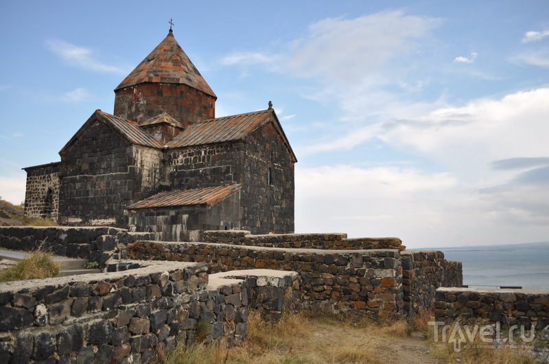 Сурб Аракелоц, монастырь Севанаванк / Фото из Армении