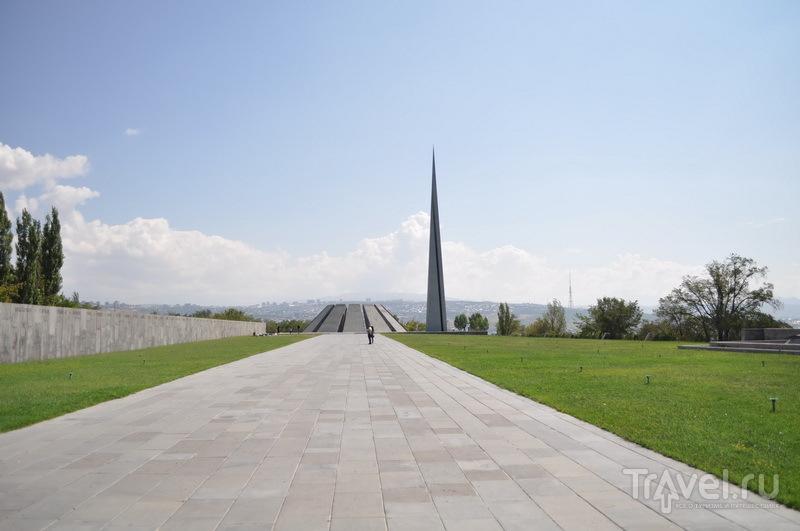 Аллея музея геноцида армян  / Фото из Армении