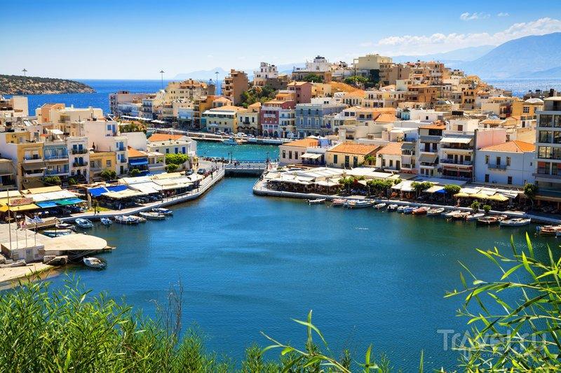 Вид на критский городок Агиос-Николаос