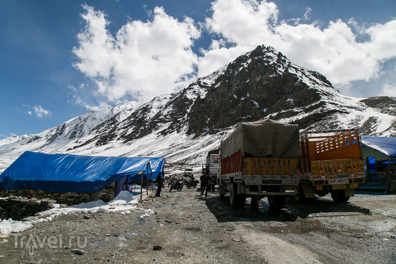 Гималайский мототрип: лавина, падение и мертвый мотоциклист на перевале Баралача / Индия