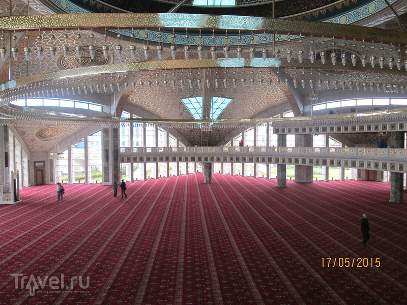 Экскурсия в Грозный. Мечеть матери.  Музей Ахмата Кадырова / Россия