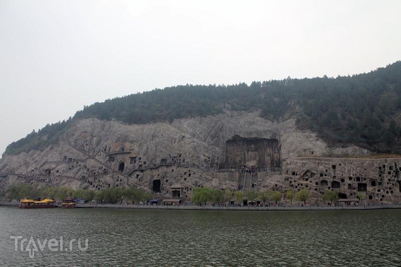 Китай: Гроты Лунмэнь / Китай