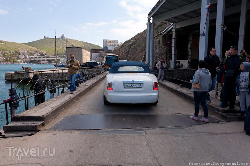 Крым. Мыс Фиолент, База подводных лодок, Бухта Ласпи / Россия