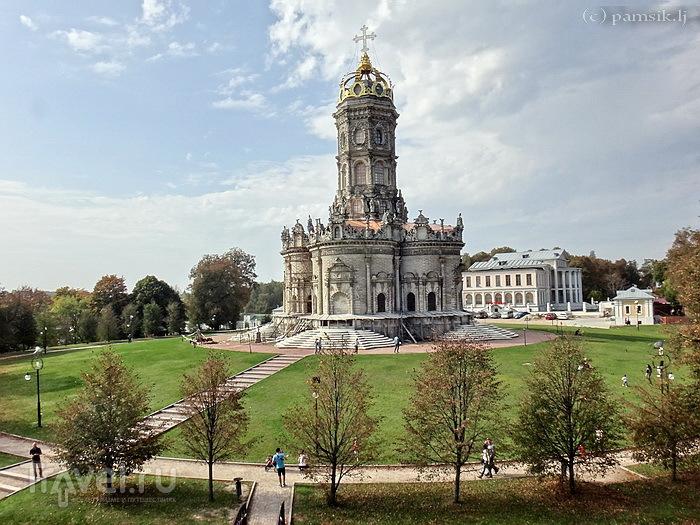 Подмосковный Нотр-Дам - Церковь Знамения в Дубровицах. Подвесной мост в Лемешево / Россия