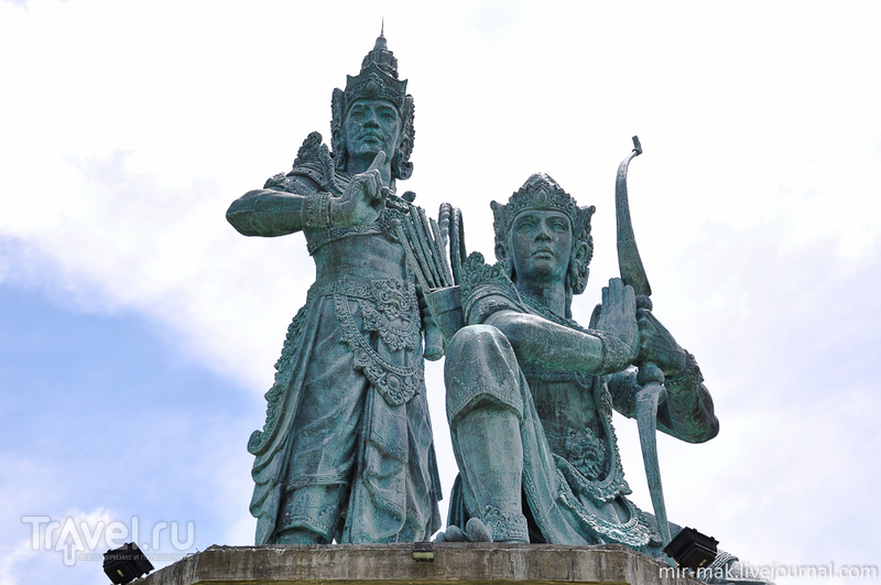 """Прогулка по полуострову Нуса-Дуа и """"Водяной Удар"""" / Фото из Индонезии"""
