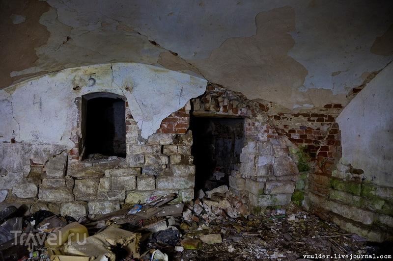 Усадьба Кострова или не всё то золото, что блестит / Россия