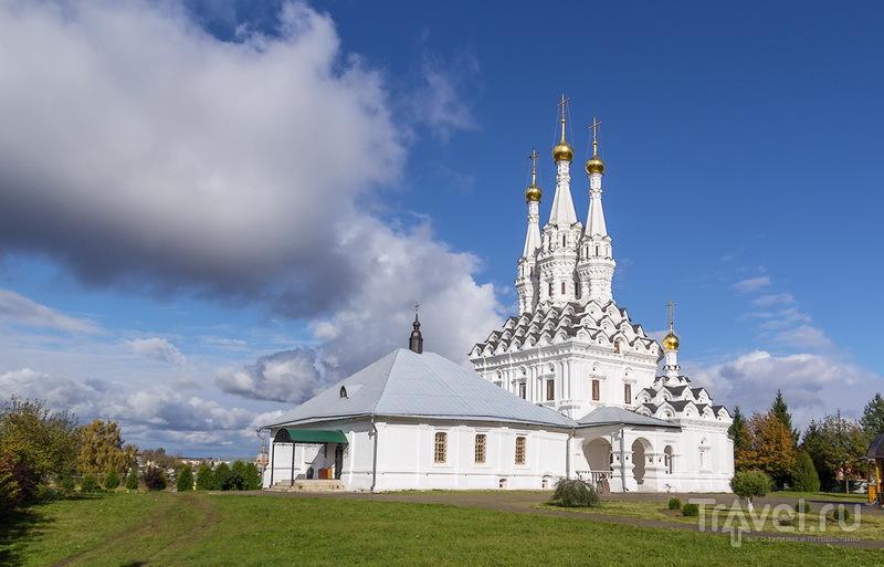 Трёхшатровая Одигитриевская церковь / Россия
