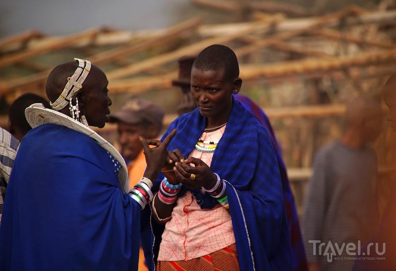 Жизнь и традиции масаи. Рынок масаи / Танзания