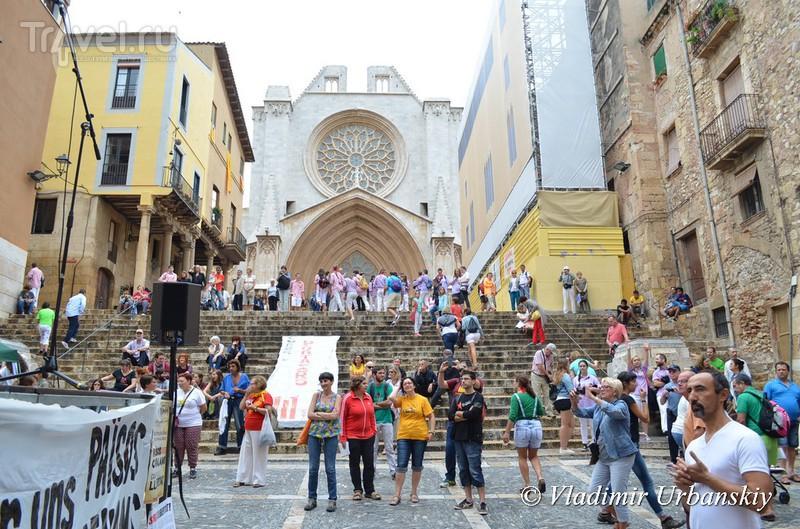 Кастельс - праздник живых пирамид / Фото из Испании