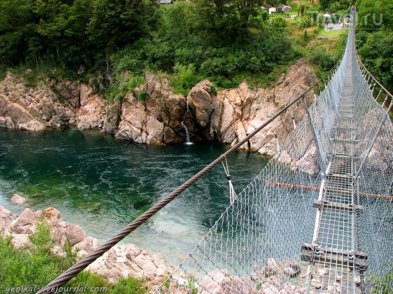 Река Буллер. Самый длинный подвесной мост в Новой Зеландии / Фото из Новой Зеландии