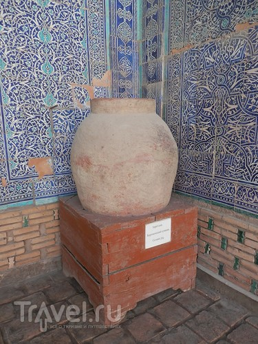 Экскурсия по Хиве: музей старого быта, большая мечеть и новый ханский дворец / Узбекистан