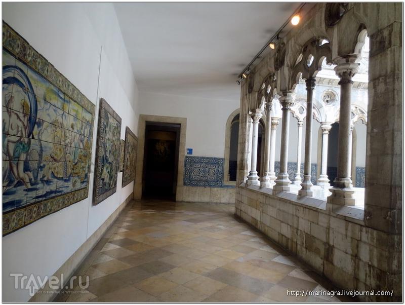 Лиссабон:  Национальный музей азулежуш / Португалия