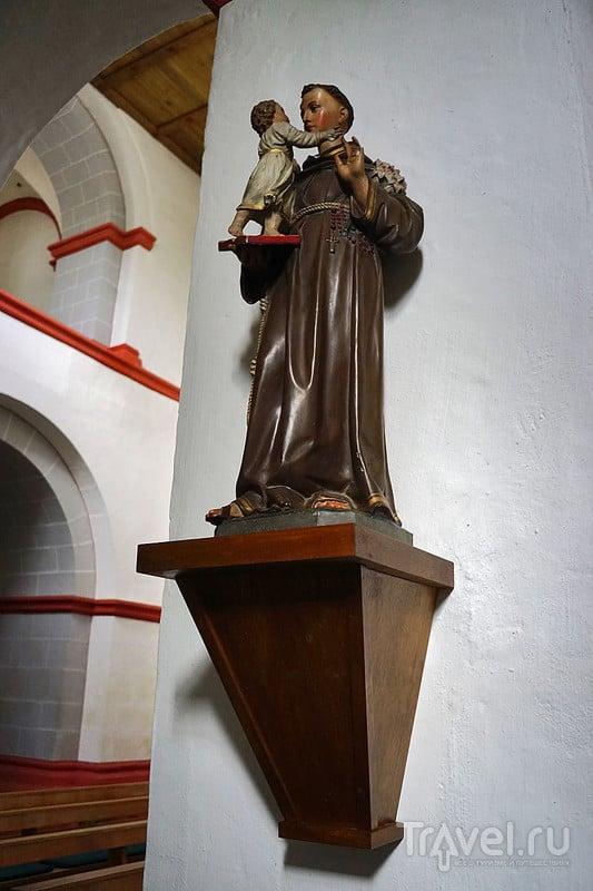 Нетуристический Хирценах между Боппардом и Санкт-Гоаром / Германия
