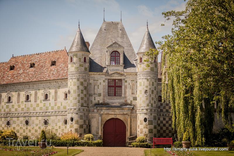 Нормандия, Замок Сен-Жермен де Ливэ / Франция