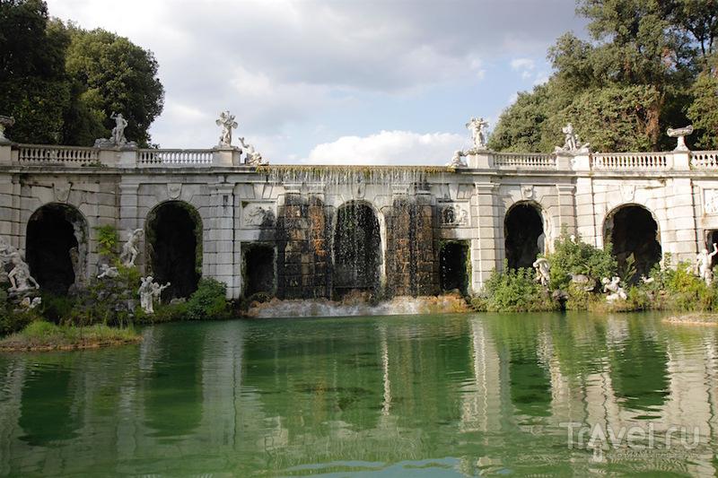Дворец и парк в Казерте / Италия