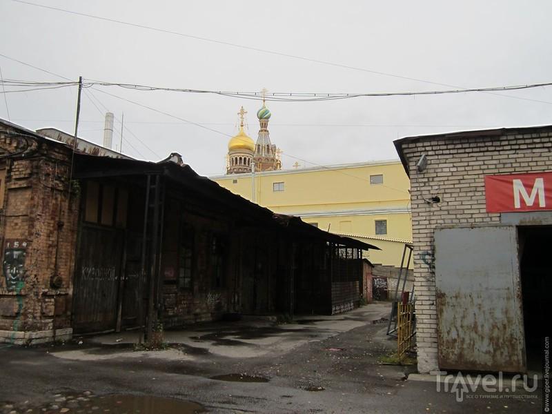 Конюшенный двор / Россия