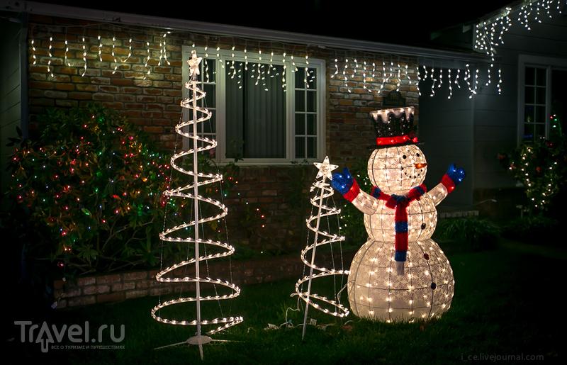 Рождество в США на примере одной улицы / Фото из США