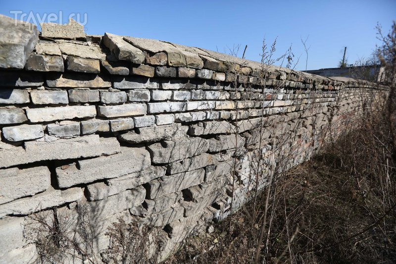 Тайна забора из воинских надгробий в почти самом центре Вильнюса / Литва