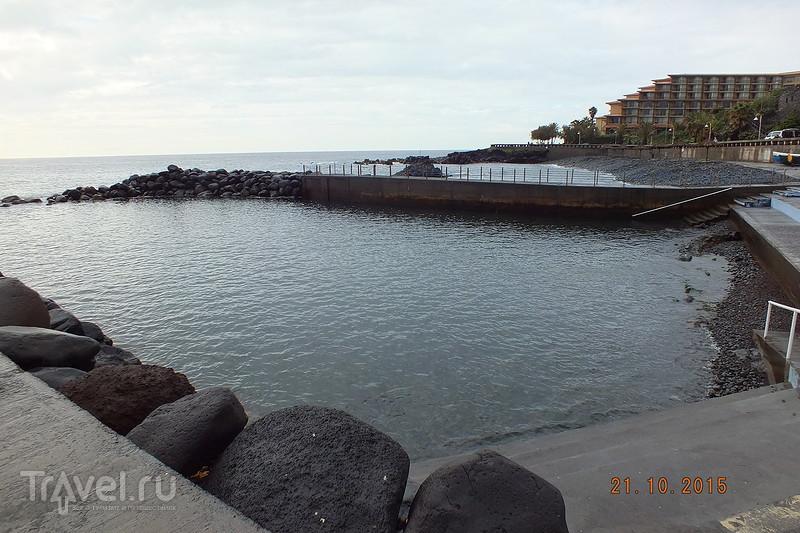 Португалия. Мадейра. Поселок Канисо / Португалия