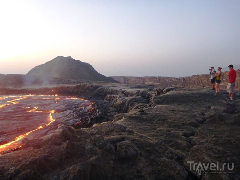 Вулкан Эрта Але. Лавовое озеро, отель тысячи звезд и тайна афарских юбок / Фото из Эфиопии