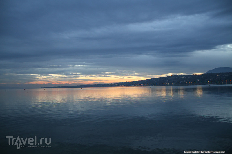 Рассвет на Женевском озере / Швейцария