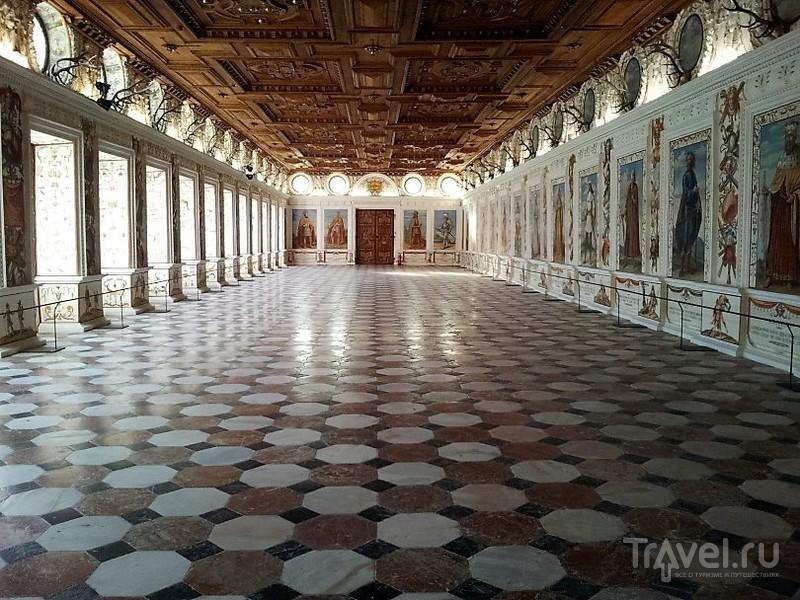 Инсбрук. Замок Амбрас / Фото из Австрии