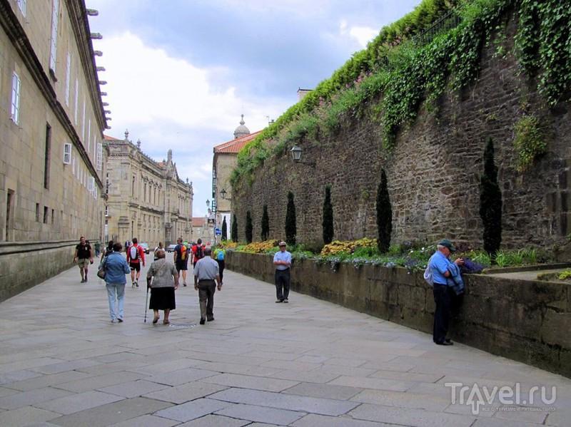 Сантьяго-де-Компостела. Улицы старого города, церкви и музей Галисии / Испания
