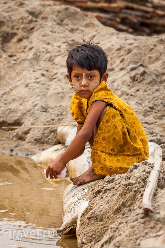Бирма. Жизнь на пляже / Фото из Мьянмы