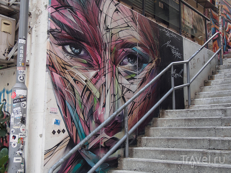 Гонконг: храм Ман Мо, графитти, район Sheung Wan / Фото из Китая