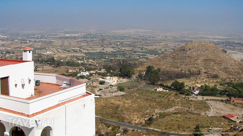 Белый город на горе / Испания