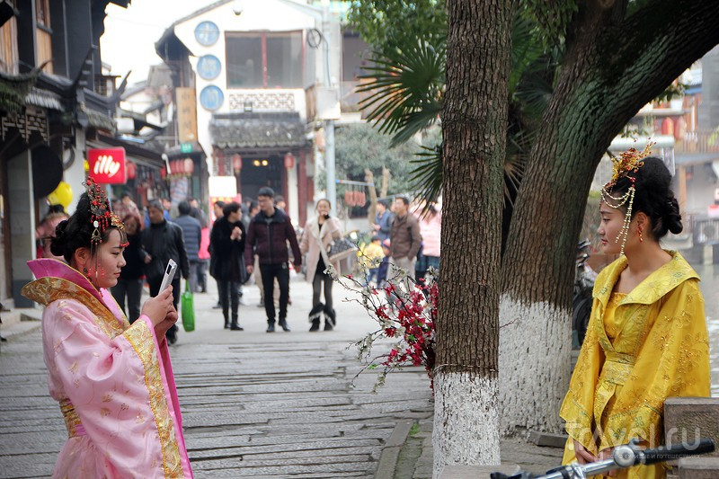 Шанхай. Деревня на воде Чжу Цзя Цзао (ZhuJiaJiao) / Фото из Китая