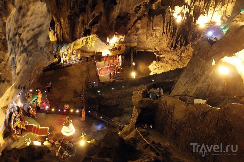 Куала-Лумпур. Пещеры Batu Caves и Ramayana Cave / Фото из Малайзии