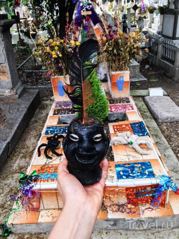 Мексика, кладбище. Шаманский ритуал Palomonte / Мексика