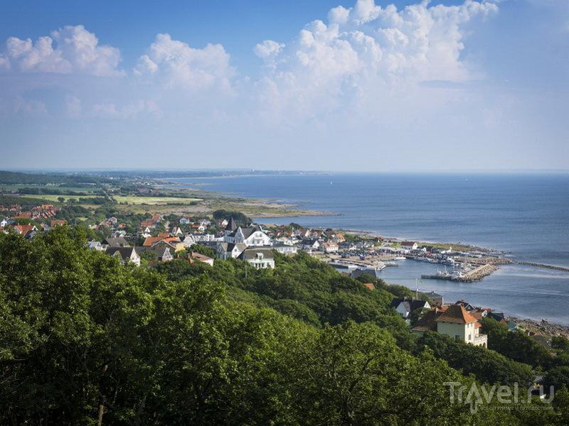 Вид на побережье и деревушку Mölle