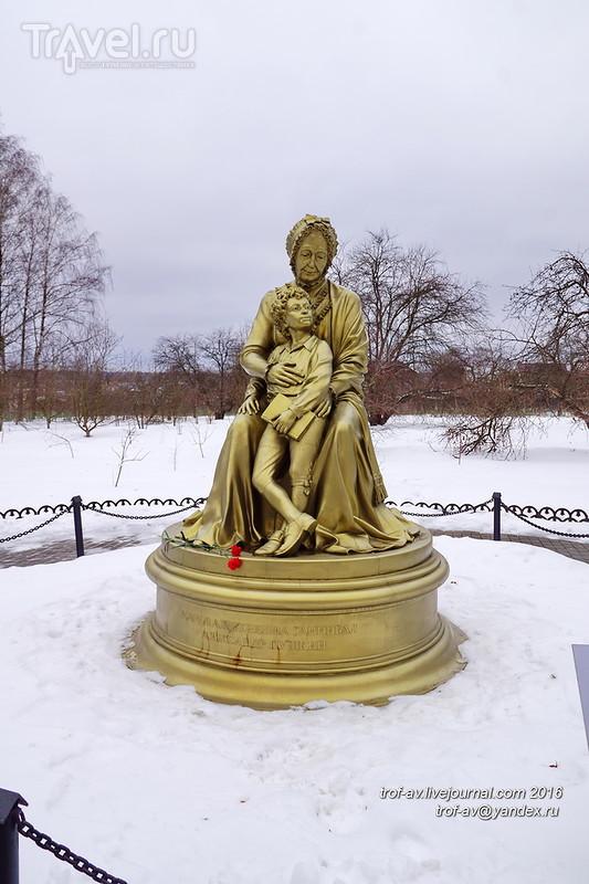 Усадьба Захарово, хижина бабушки А.С.Пушкина / Фото из России