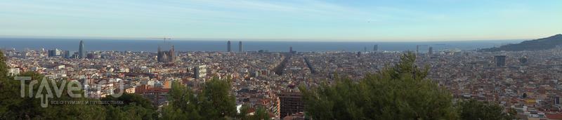 Барселона - виды города из парка Гуэль / Испания