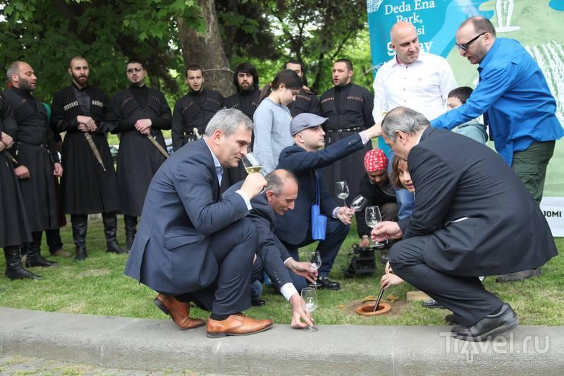 Фестиваль нового вина - новая традиция в Тбилиси / Грузия