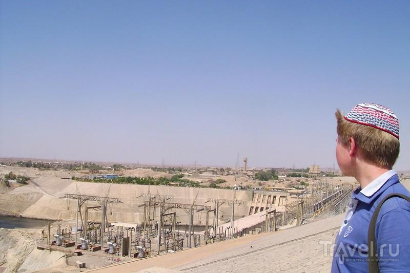 Асуанская плотина, построенная при содействии СССР в Египте / Египет