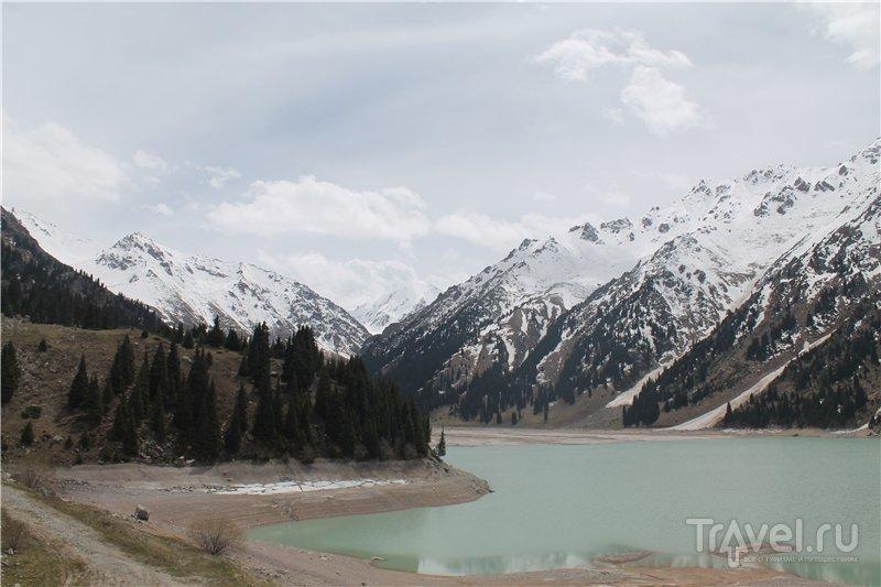 Большое Алматинское озеро / Фото из Казахстана