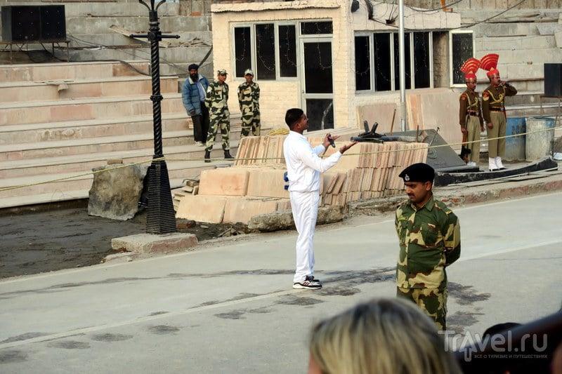 Выходки на границе Индии с Пакистаном / Фото из Индии