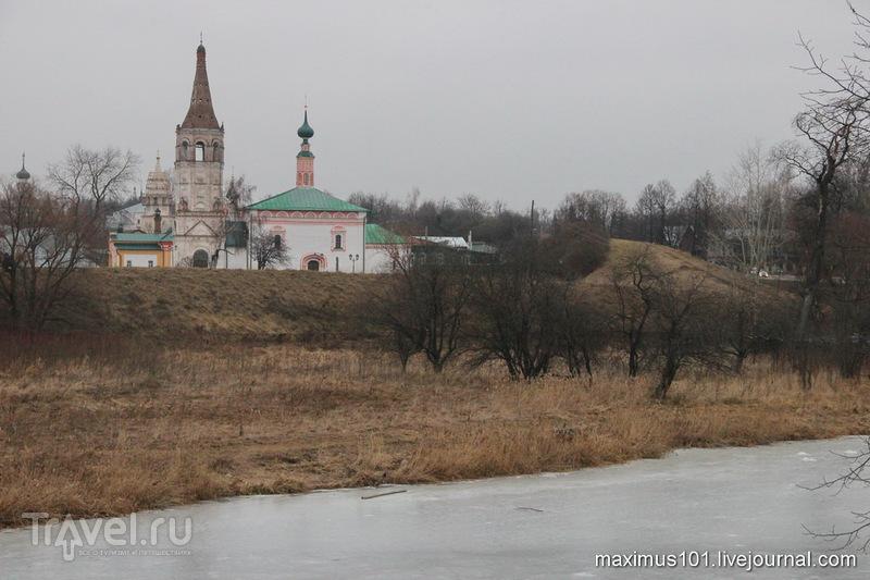 Сумрачный Суздаль / Россия
