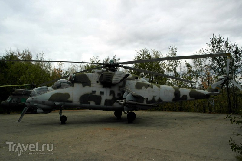 Саратов - Парк Победы: самолеты, танки, вертолеты / Россия