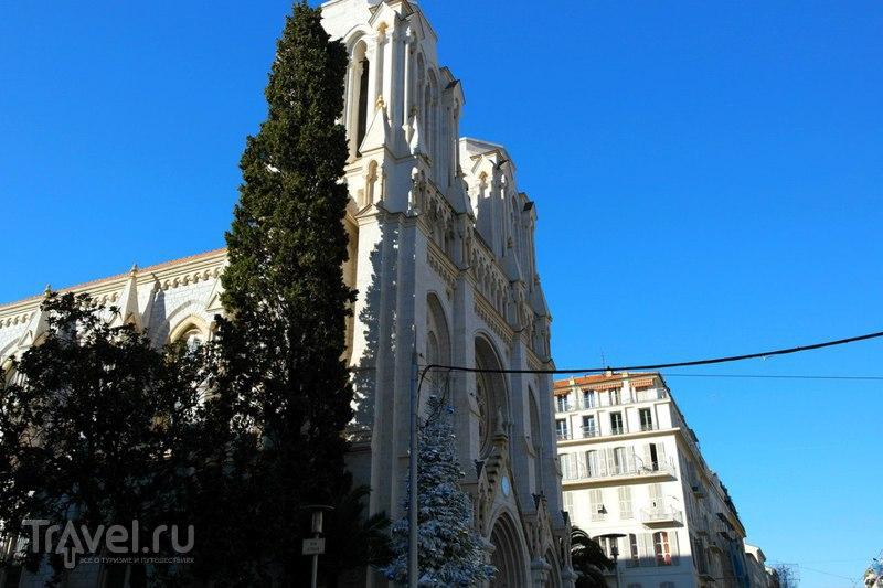 Ницца - прогулка от отеля к набережной / Франция
