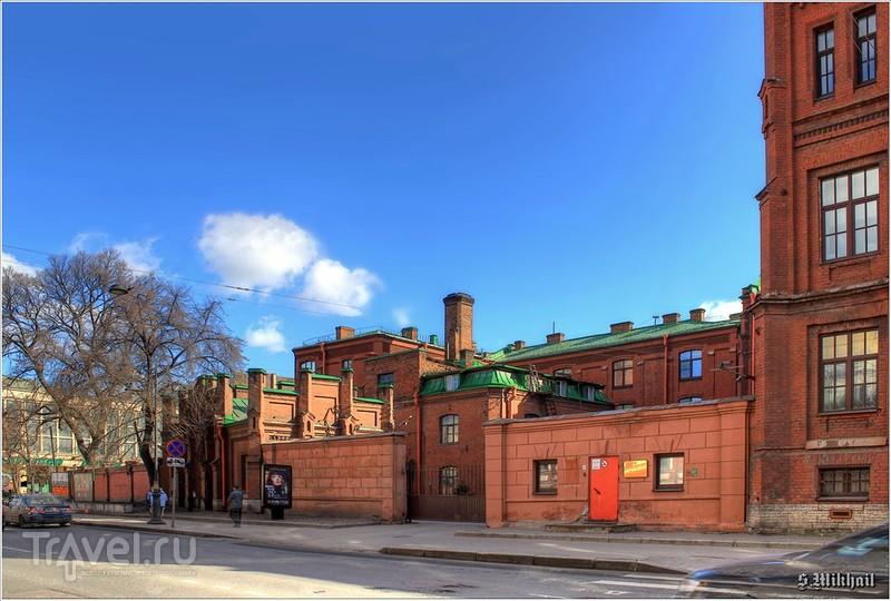 Евангелическая женская больница. Главное здание / Россия