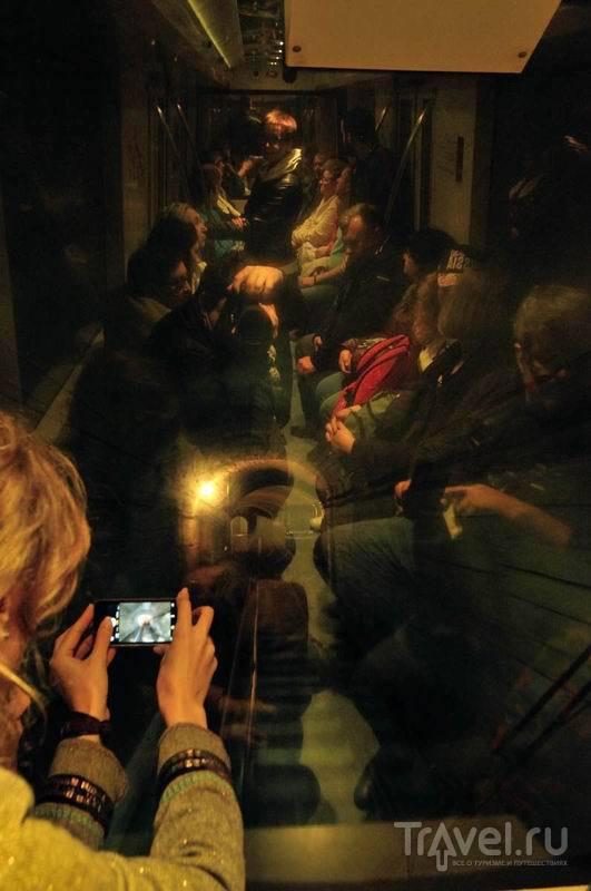 В подземной узкоколейке / Россия