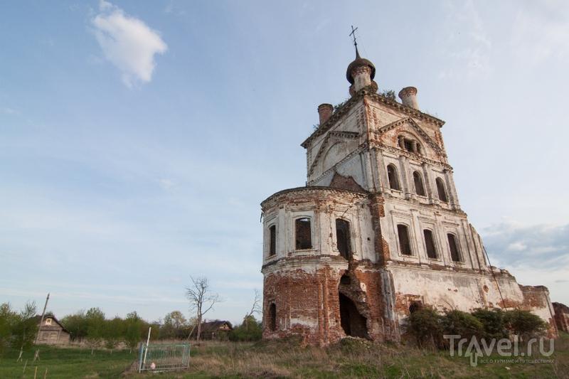 Суздаль разрушенный / Россия
