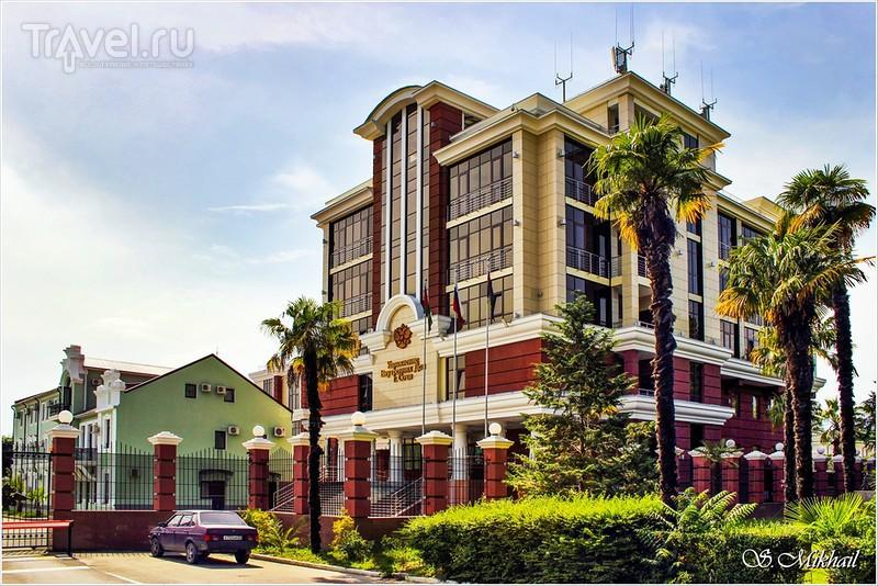 Центральное здание морвокзала в Сочи / Фото из России