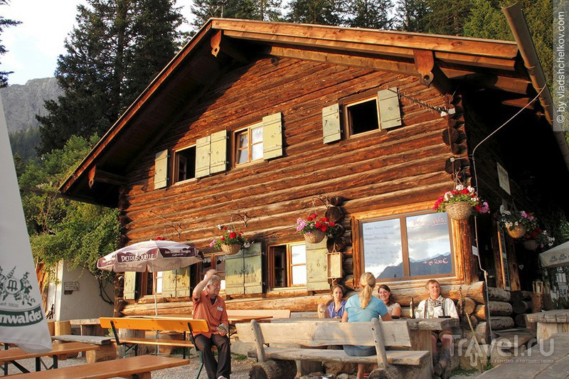 Горная хижина Brunnsteinhütte — горы, лес и облака…