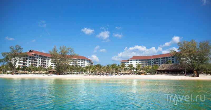 Vinpearl Resort. Отель расположен на берегу Сиамского залива