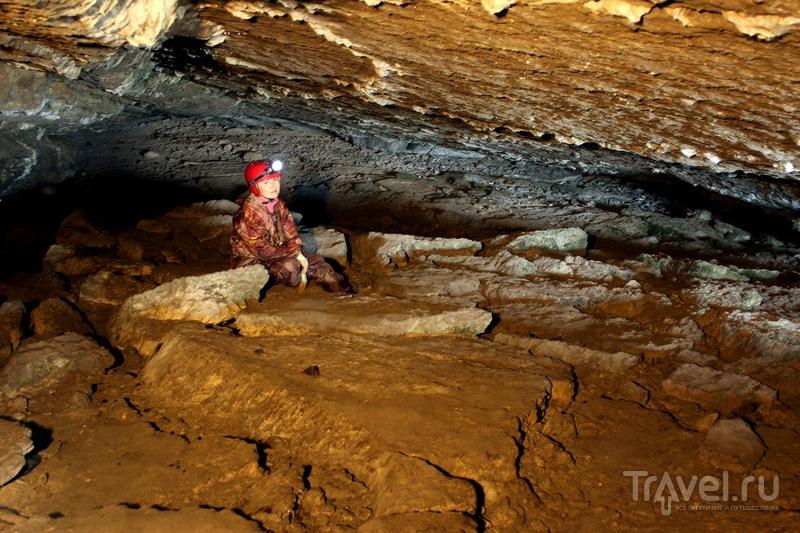 Челябинская область. Серпиевские пещеры: Майская, Колокольная, Малый Серпиевский Грот / Россия
